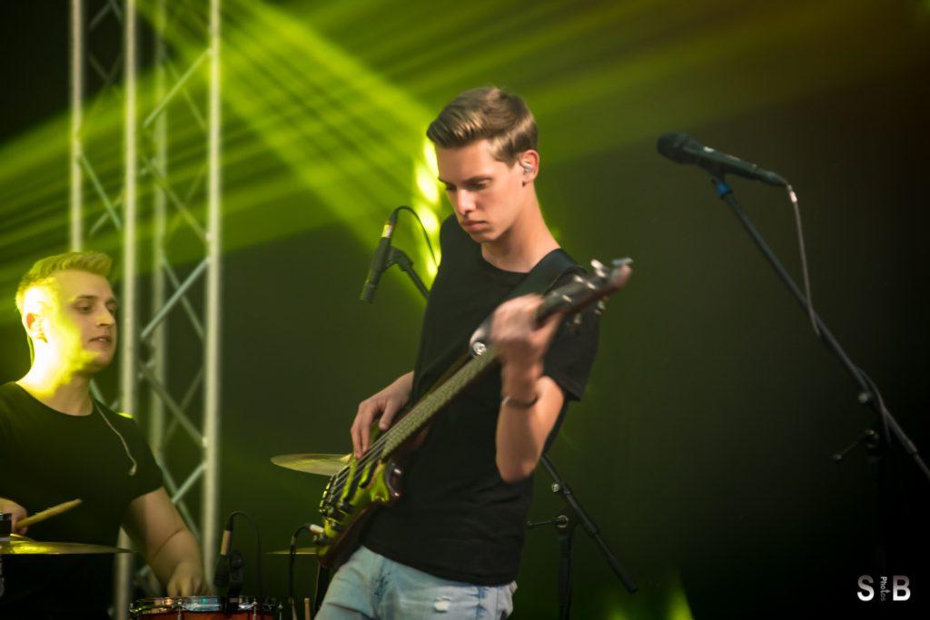 Paul - Bass, Gesang